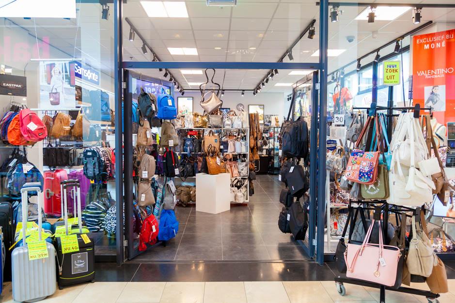 In BeverhofBeverwijk Lederwaren Winkelcentrum Winkelcentrum Moné Lederwaren In Lederwaren In BeverhofBeverwijk Moné Moné Winkelcentrum xBsdCthQr